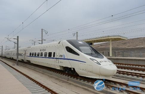 中国高铁首进沙漠:大西北进入高铁时代
