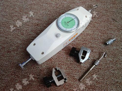 测推拉力的指针仪器